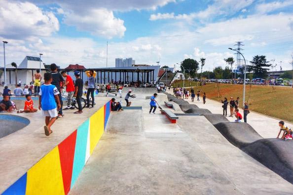 Taman Kota Jakarta Mempercantik Bermanfaat Rekreasi Kalijodo Menteng Administrasi Pusat