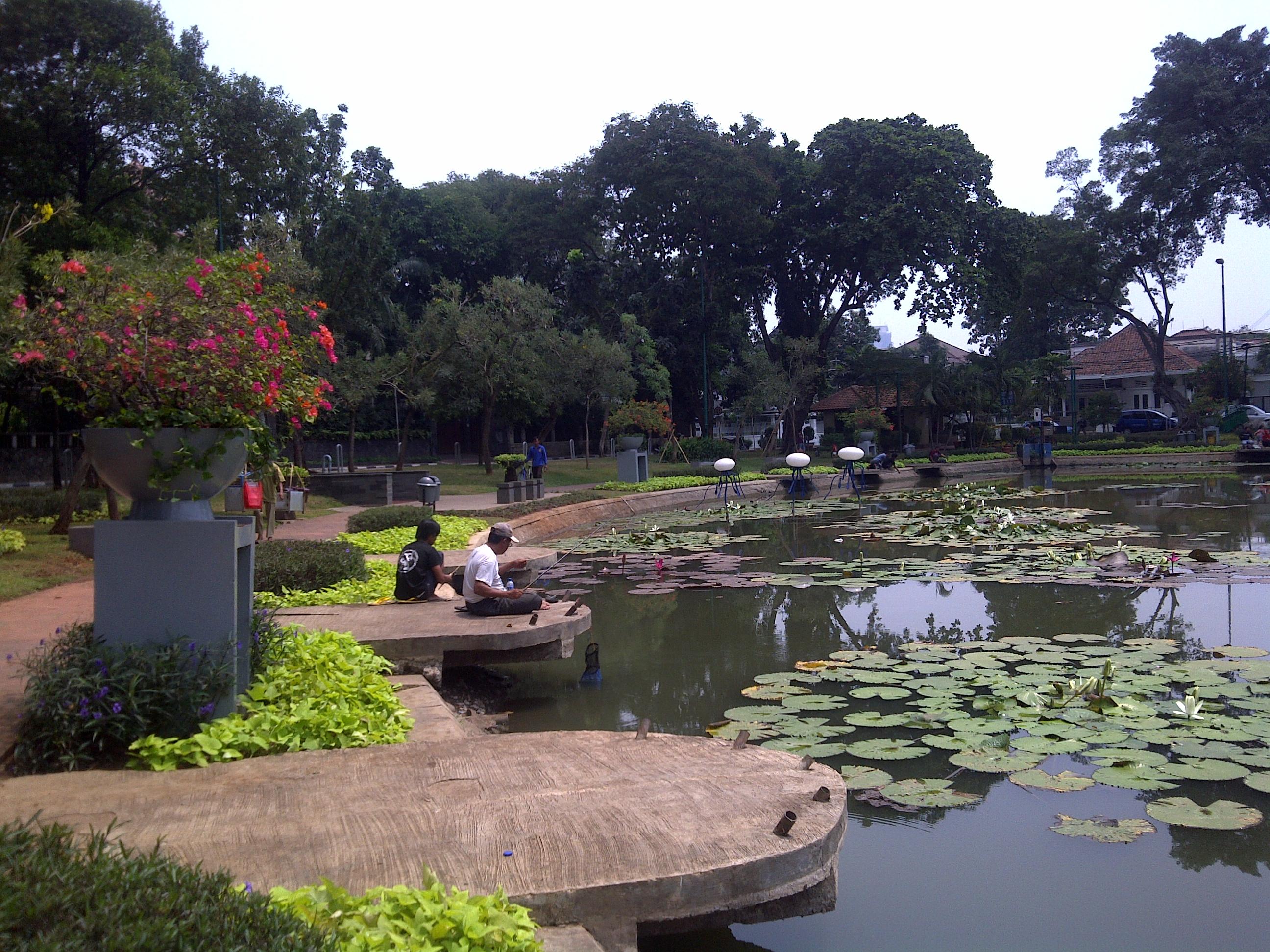 10 Tempat Nongkrong Jakarta Pusat Wajib Kamu Kunjungi Taman Lembang