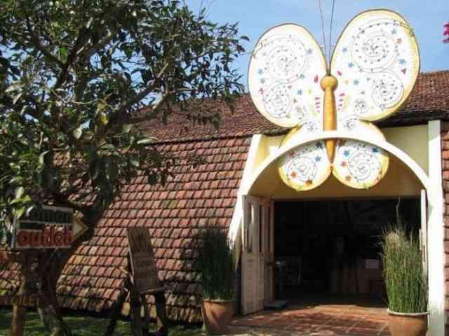 46 Tempat Wisata Lembang Bandung Memukau Gravity Adventure Taman Kupu