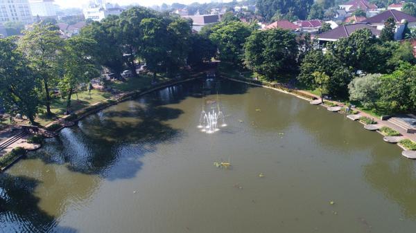 Jakarta Pusat Pemerintah Kota Administrasi Lumpur Danau Lembang Dikeruk Awal