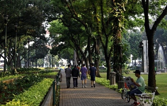 7 Tempat Wisata Alam Jakarta Wajib Dikunjungi Wisatawan Taman Suropati