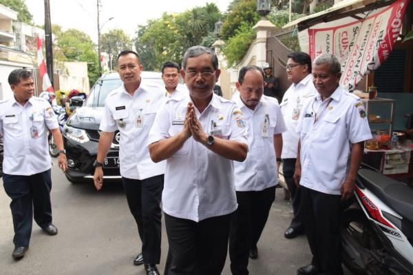 Jakarta Pusat Pemerintah Kota Administrasi Peletakkan Taman Suropati