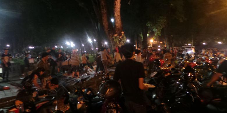 Perkelahian Pemuda Pecah Taman Suropati Kompas Kota Administrasi Jakarta Pusat