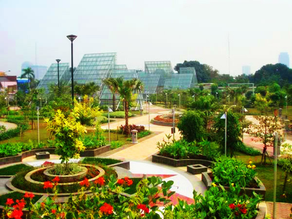 Taman Kota Jakarta Mempercantik Bermanfaat Rekreasi Menteng Suropati Administrasi Pusat