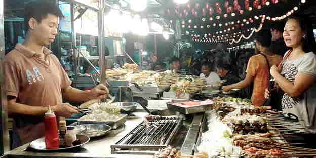 Menikmati Wisata Kuliner Malam Hari Jakarta Dolan Kawasan Pecenongan Kota