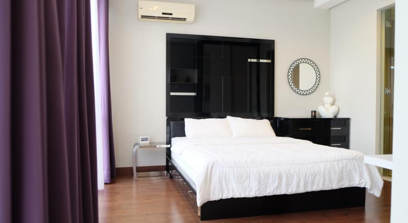 Large Affordable Studio Mansion Kemang Upasana Living Time Travel Indonesia