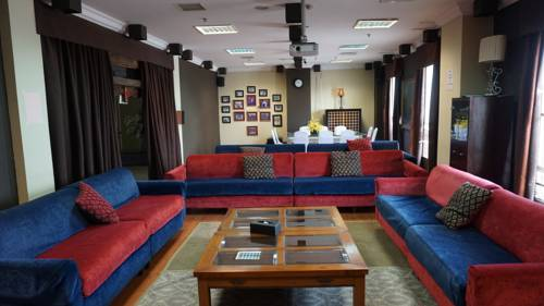 Oktroi Plaza Serviced Apartment Prices Photos Reviews Address Hotel Room