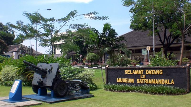 Wisata Museum Satria Mandala Jakarta Selatan Dki Musium Kota Administrasi