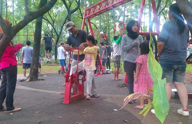 Taman Tebet Perpaduan Hutan Kota Bermain Anak Cendana News Sejumlah