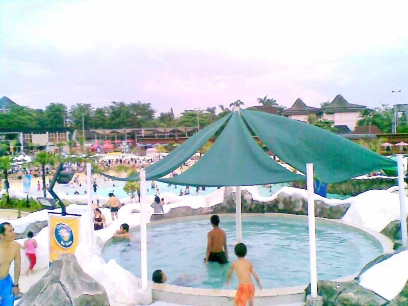 Snowbay Waterpark Gotravelly Nah Resmikan Sendiri Oleh Putri Mantan Presiden