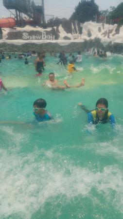 Snowbay Waterpark Picture Jakarta Tripadvisor Kota Administrasi Timur