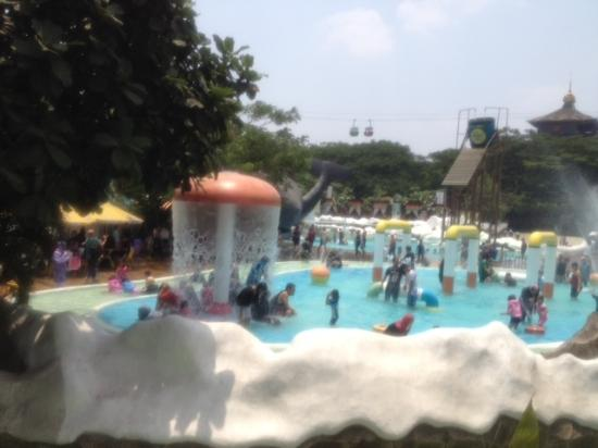 Suasana Snowbay Picture Waterpark Jakarta Tripadvisor Kota Administrasi Timur