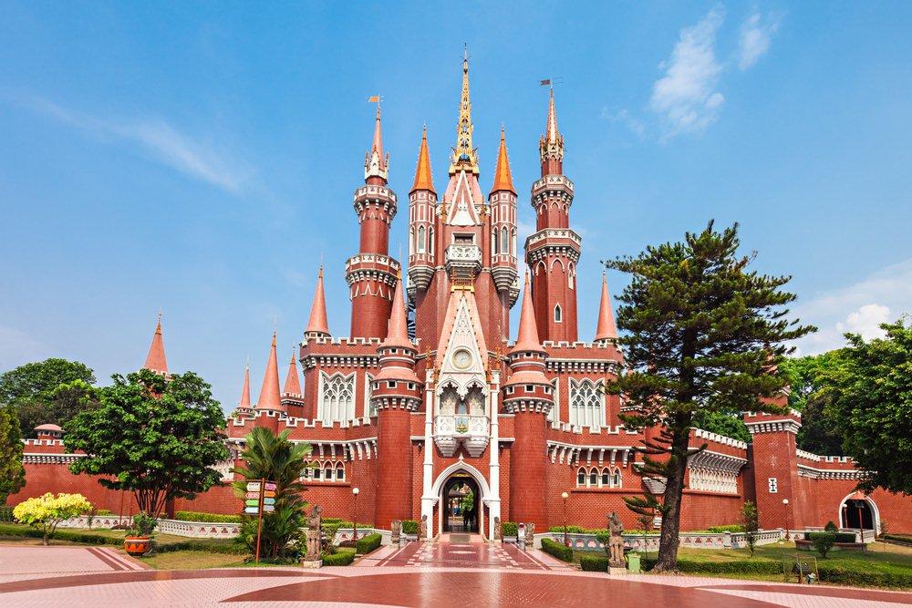 35 Tempat Wisata Jakarta Timur Wajib Dikunjungi Waktu Istana Anak