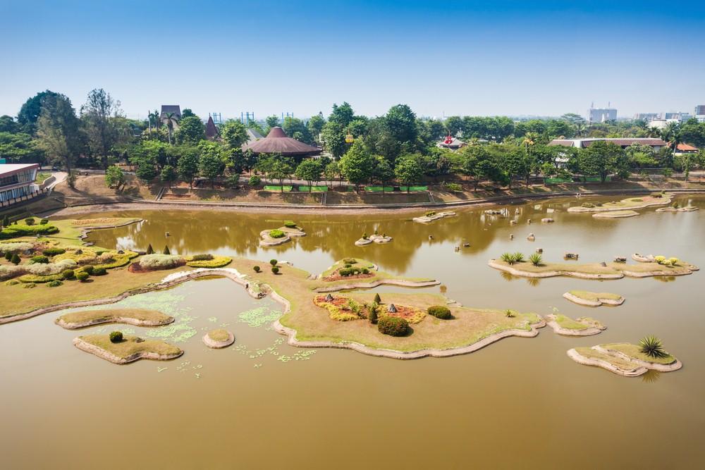 35 Tempat Wisata Jakarta Timur Wajib Dikunjungi Waktu Taman Mini