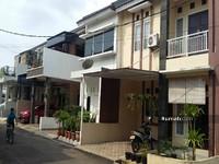 Cari Rumah Dijual Taman Mini Jakarta Timur Indonesia Cluster Akses