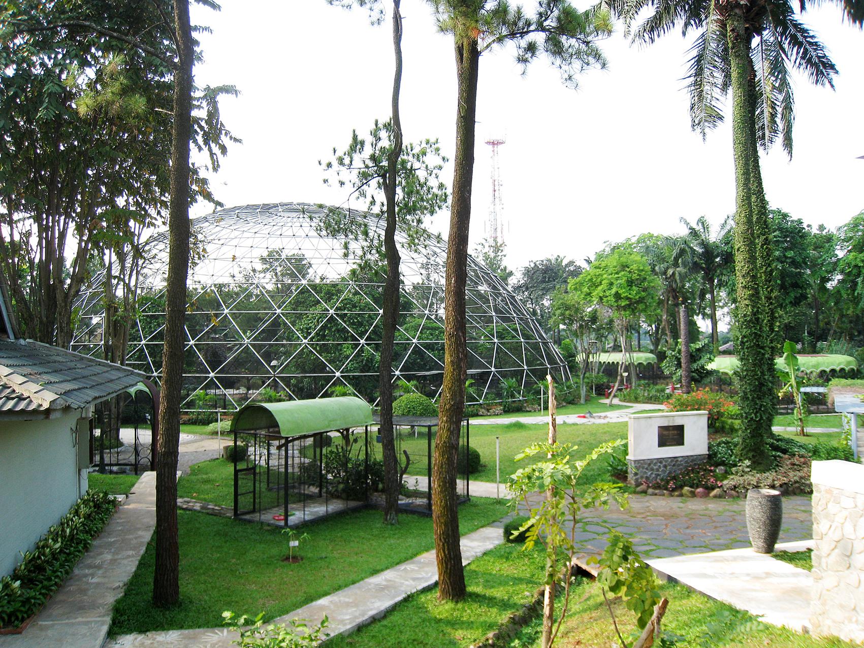 Jakarta Taman Mini Indonesia Indah Tmii Kota Administrasi Timur