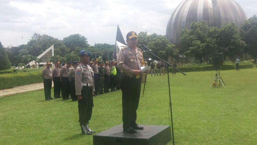 Kapolres Jaktim Lakukan Pengecekan Akhir Ribuan Pasukan Pengamanan Kepolisian Resor