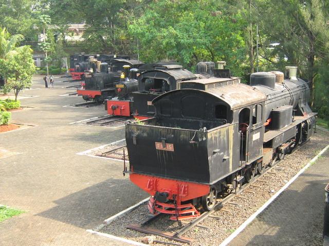 Museum Transportasi Taman Mini Indonesia Indah Tmii Kota Administrasi Jakarta