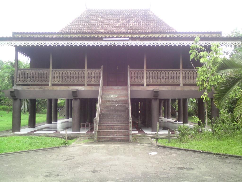 Taman Mini Jambi Riwayatmu Djangki Anjungan Kota Indonesia Indah Tmii