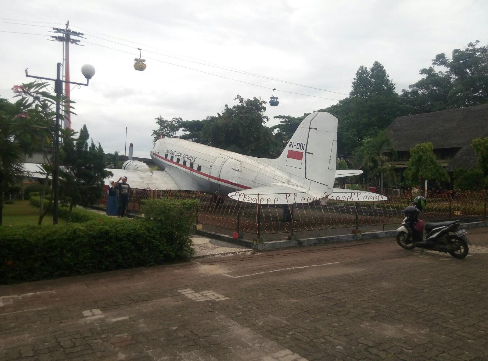 Weekend Anjungan 34 Provinsi Tmii Jakarta Sebagai Destinasi Sbnews Hari