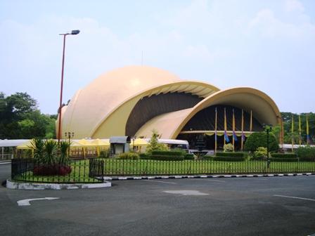 Wisata Jakarta Taman Mini Indonesia Indah Objek Tmii Kota Administrasi