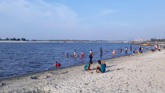 Tag Jakarta Utara Pengunjung Pantai Ancol Tak Setuju Publik Gratis