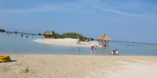 Luas Kepulauan Seribu Disebut Lebih Besar Ketimbang Daratan Jakarta Pantai