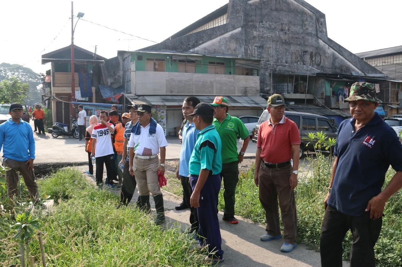 Pemerintah Kota Administrasi Jakarta Utara Walikota Gerebek Sampah Kampanye Kebersihan