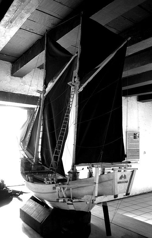 Museum Bahari Wikiwand Replika Kapal Phinisi Salah Satu Koleksi Musium
