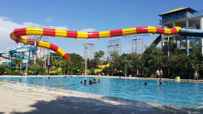 Gowa Discovery Park Makassar Taman Burung Waterboom Outbound Waterbom Jakarta