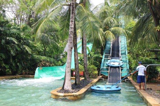 Scariest Slide Picture Waterbom Jakarta Kota Administrasi Utara