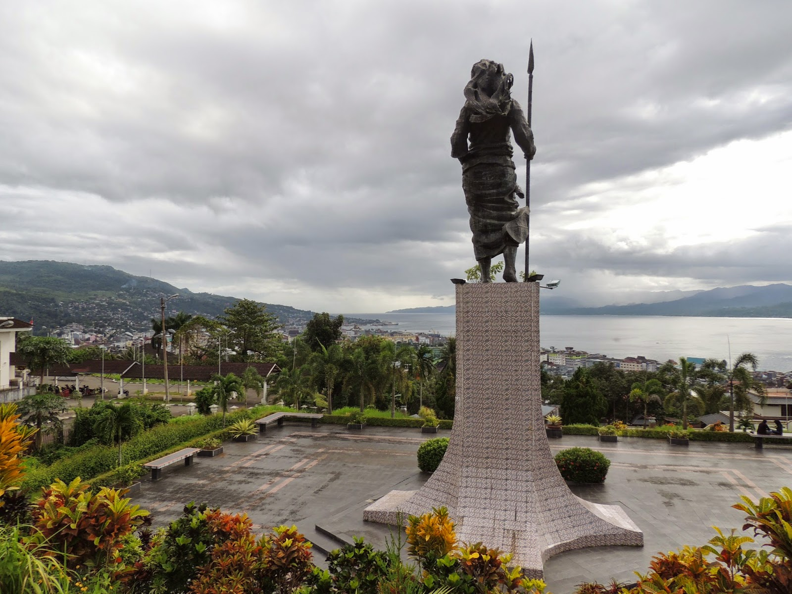 Benteng Ferangi Wisata Bersejarah Ambon Vebma Victoria Kota