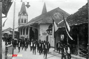 Sejarah Kota Ambon Story Jemaat Kristen Protestan Usai Beribadah Minggu
