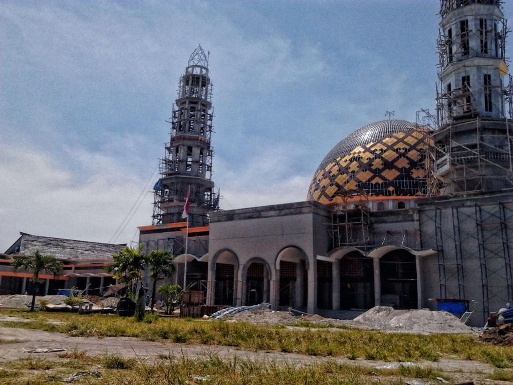 Amar Lubai Kajian Masjid Ambon Agung Maluku Lebih Dikenal Nama