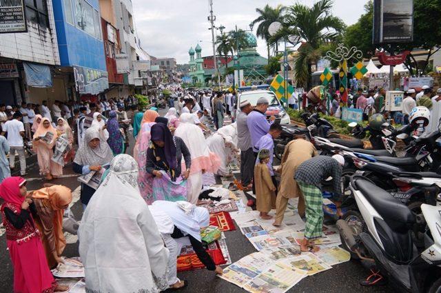 Gubernur Maluku Khatib Shalat Idul Fitri Masjid Al Fatah Ambon