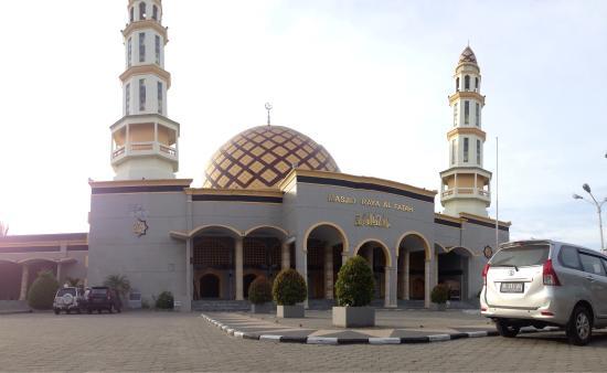Masjid Raya Al Fatah Ambon Indonesia Review Kota