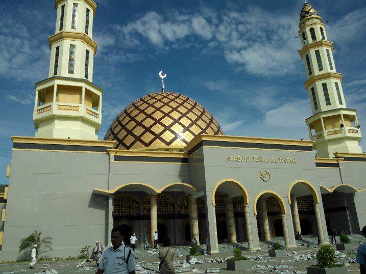 Masjid Raya Al Fatah Ambon Mapio Net Kota