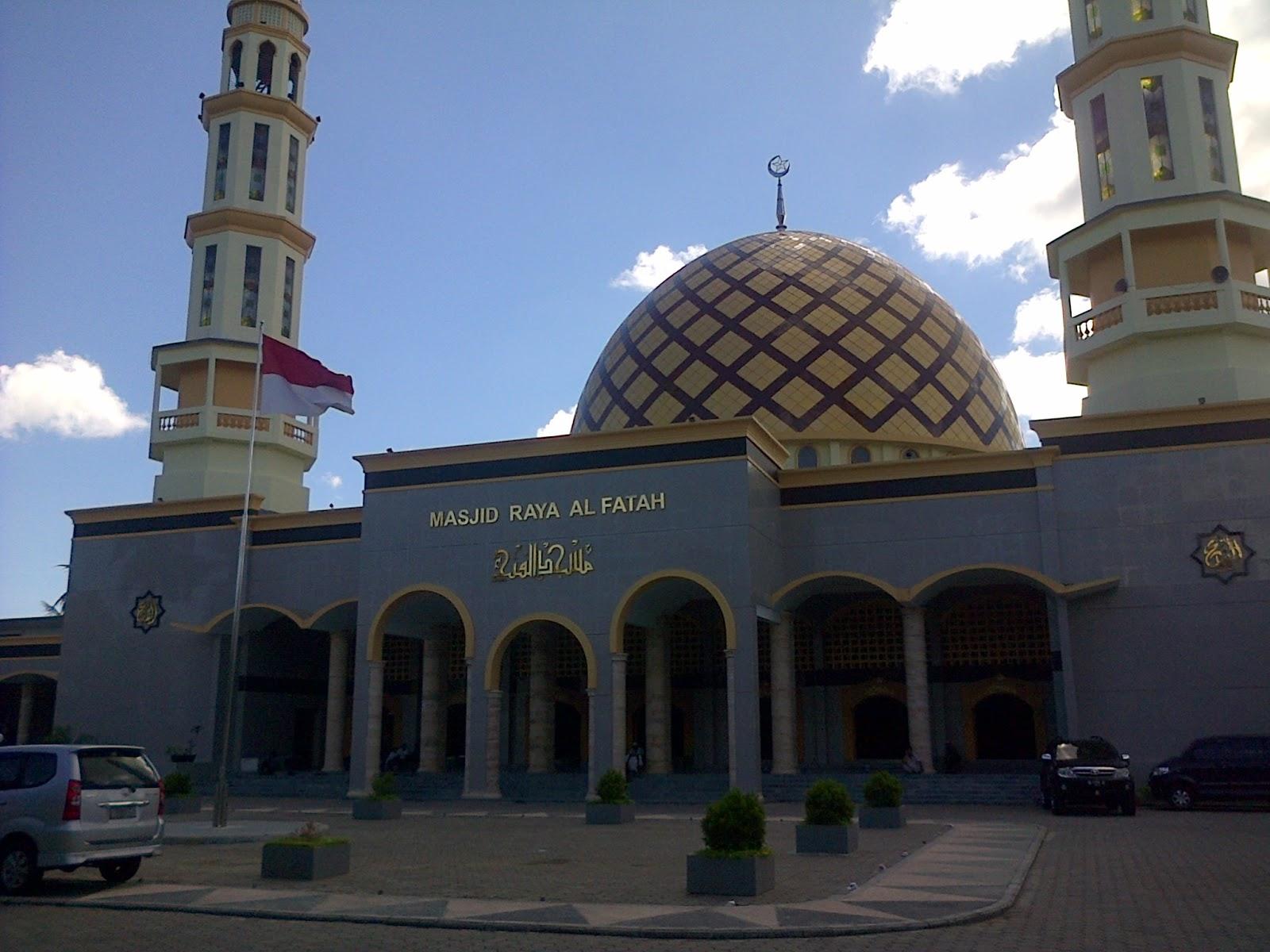 Masjid Raya Al Fatah Indonesia Kebanggaan Kota View Ambon