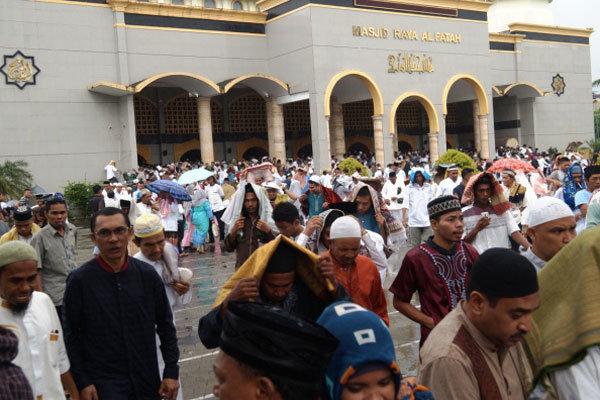 Meski Hujan Salat Idul Adha Masjid Raya Al Fatah Ambon