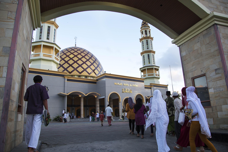 Salat Idul Fitri Kota Ambon Berita Daerah Masjid Raya Al
