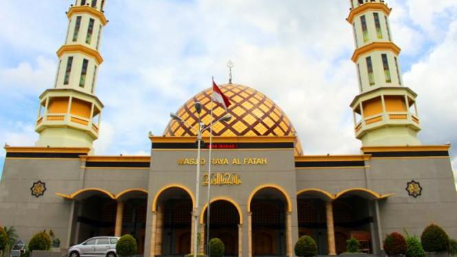 Wisata Religi Masjid Raya Al Fatah Ambon Viva Image Title