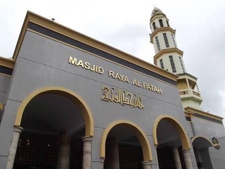 Yayasan Masjid Alfatah Ambon Edarkan Kupon Bagi Kaum Fakir Miskin