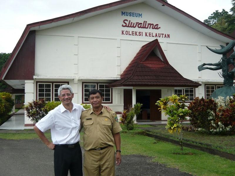 Museum Siwa Lima Ambon Maluku Bali Java Kalimantan Kota