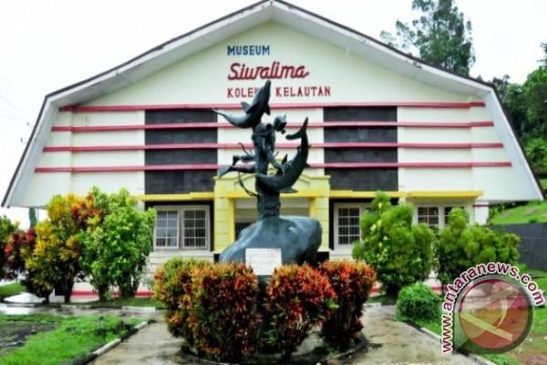 Museum Siwalima Lampaui Target Pad 2016 Antara News Ambon Maluku
