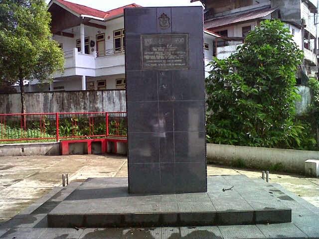 Objek Wisata Terdapat Provinsi Maluku Smileambon Tugu Dolan Museum Siwa