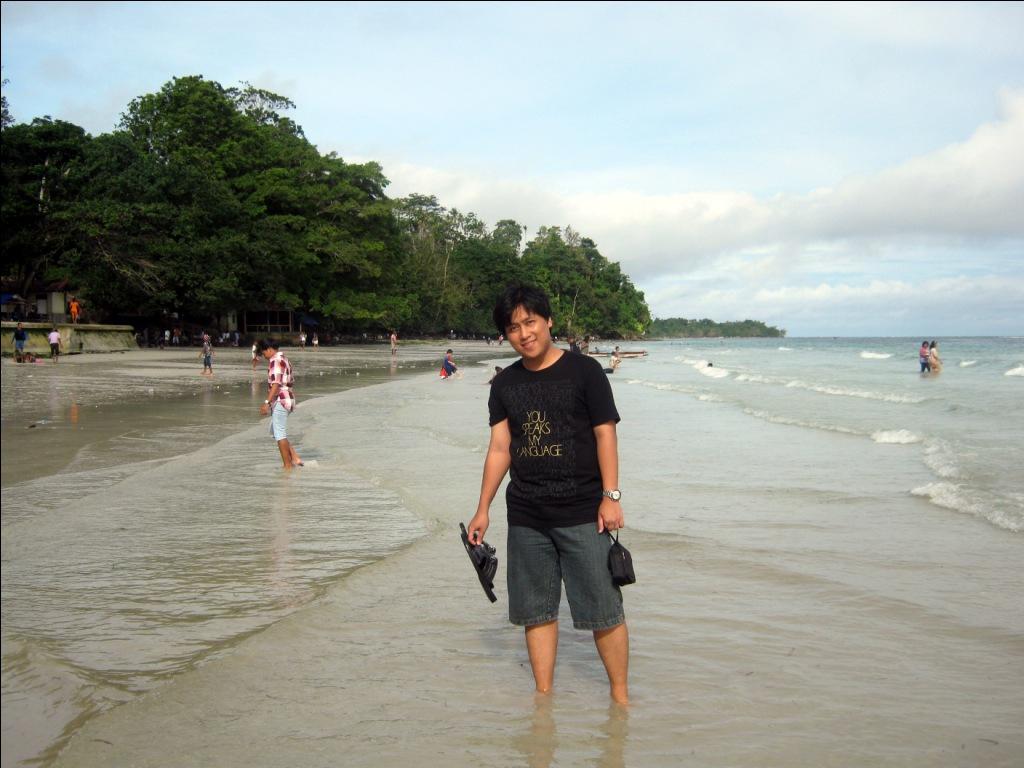 Bersantai Pantai Natsepa Seri Wisata Maluku Utara Bag Rujak Kota