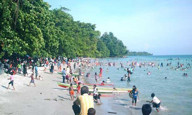 Objek Wisata Pantai Natsepa Dipadati Warga Malukupost Ambon Kota