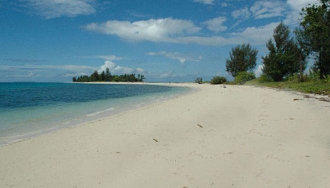 Wisata Nasional Pantai Natsepa Ambon Kota