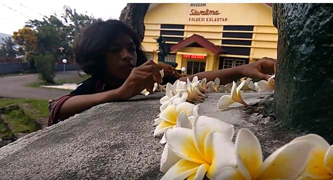 Pattimura Makam Residen Van Den Berg 1 Malukupost Helena Victoria