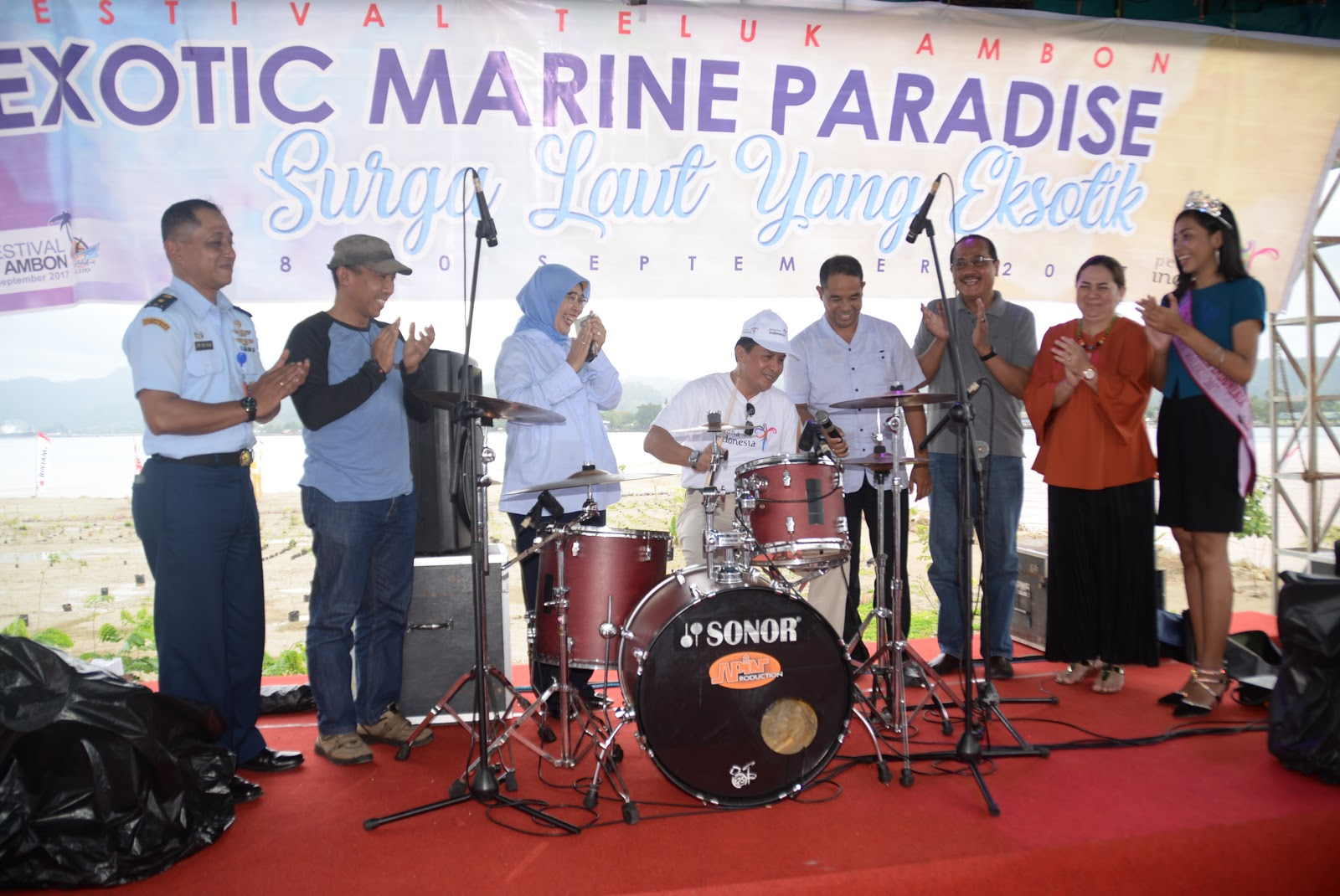 Penerangan Lanud Pattimura Danlanud Buka Lomba Band Festival Teluk Ambon